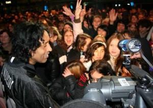 us-5-fans-interviewt-von-cherno-jobatey-sony-ps3-party-berlin-220307_01_a9712acef2